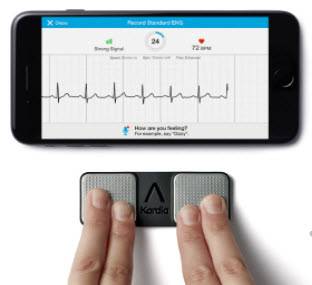alivecor kardia mobile ecg in use